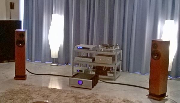 La saletta Audio Reference, in cui operavano diffusori Pro Ac